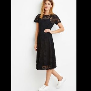 Forever 21 Contemporary Crochet Lace Midi Dress